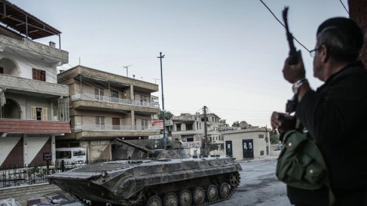 40 человек погибли от самоподрыва террориста в лагере сирийской оппозиции