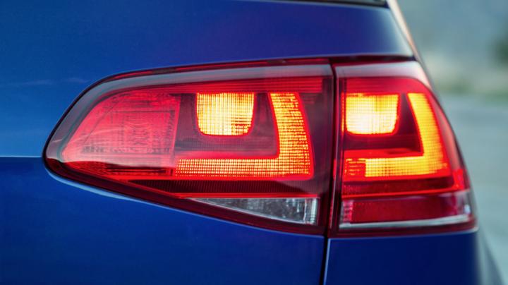 Volkswagen выпустит 2-этажный дом на колесах на базе Crafter