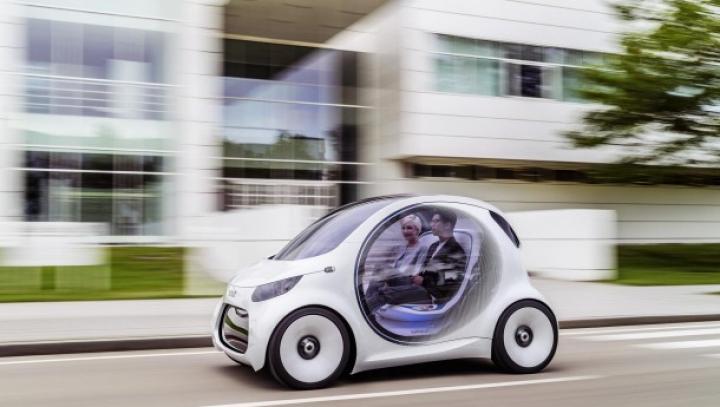 Smart выпустил автомобиль без руля и педалей