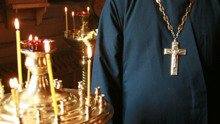 Cвященник пытался вывезти живой товар из белорусского притона