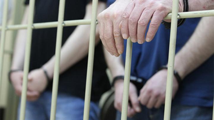Троих дагестанцев задержали в Москве за изнасилование 17-летней знакомой