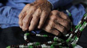 Общественная организация из Бельц помогла одинокому старику, который не выходит из дома