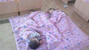 В детском саду села Фрумушика дети вынуждены спать на полу