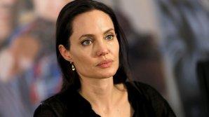 """Скандальный фильм Анджелины Джоли выдвинули на """"Оскар"""" от Камбоджи"""