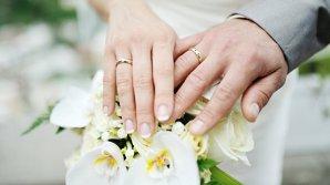Сыгравшая фейковую свадьбу пара по-настоящему поженилась через 13 лет