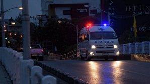 17 человек пострадали в результате столкновения автобуса с грузовиком в Бангкоке