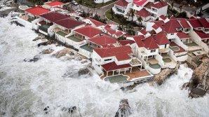 """Граждане Молдовы оказались заблокированными на острове из-за урагана """"Ирма"""""""