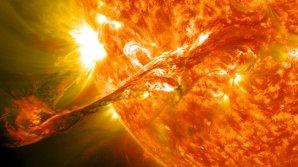 """Вспышки на Солнце и ураганы """"Ирма"""" и """"Харви"""" взаимосвязаны, — ученые"""