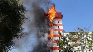 Из окон отеля выпрыгивали дети - очевидец пожара в Ростове-на-Дону