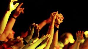 В парке на Буюканах накануне прошел фестиваль живой музыки и еды