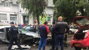 Два автомобиля разбились «всмятку» в ДТП на Ботанике: видео
