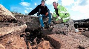 Археологи нашли средневековую могилу с нечеловеческими останками