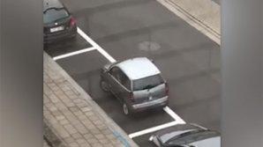 Самую провальную попытку припарковать машину засняли на видео