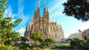 Барселона придумала новые способы борьбы с нашествием туристов