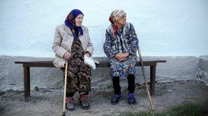 """Около 40 пенсионеров получили помощь в рамках кампании """"Уважение к старшим"""""""
