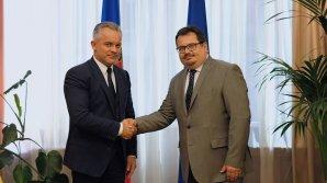 Лидер ДПМ встретился с новым главой делегации ЕС в Молдове