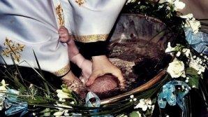 Абсолютный рекорд: в Единцах на крестины ребёнка пригласили 150 крёстных