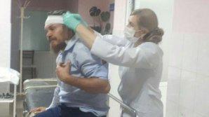 Однопартийцы Усатого пытаются обвинить избитого священника в клевете