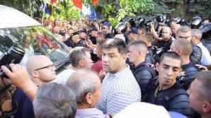 По факту беспорядков во время вчерашнего протеста у Moldova 1 открыто уголовное дело