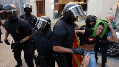 В Испании задержали 12 каталонских чиновников из-за подготовки референдума