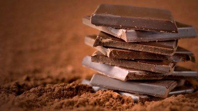 В США перевернулся грузовик с 21 тонной шоколада
