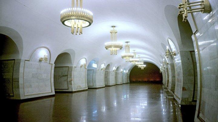 В Киеве закрыли четыре станции метро из-за задымления
