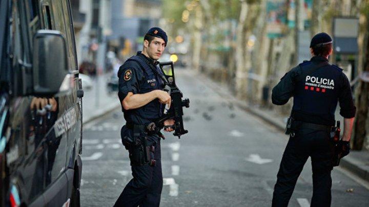 Грабители банка в Испании взяли двух заложников и устроили перестрелку с полицией