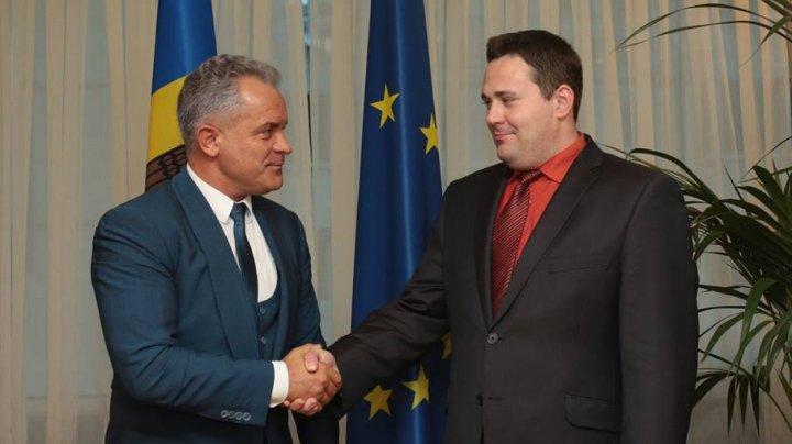 Председатель ДПМ Влад Плахотнюк встретился с Раулем Тоомасом