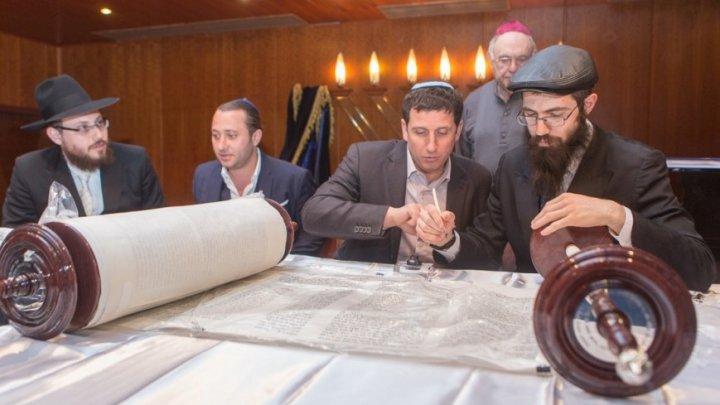 Евреи готовятся встретить новый 5778 год по еврейскому календарю
