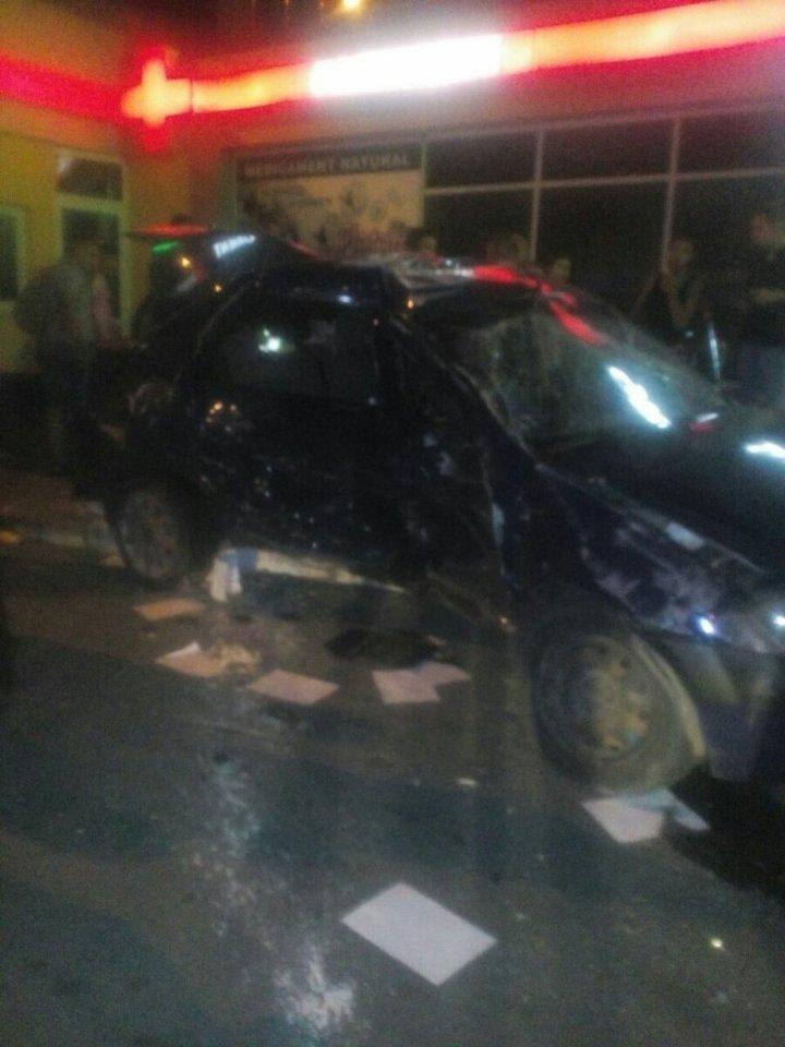 Жуткое ДТП на Скулянке: автомобиль влетел в остановку с людьми