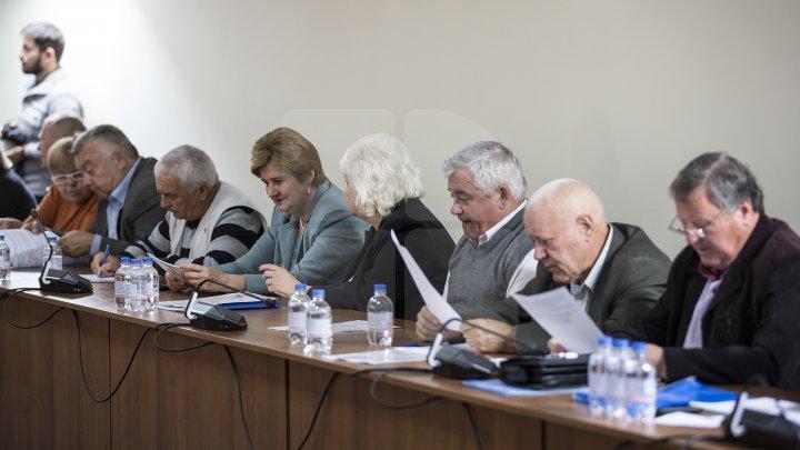 Лидер ДПМ Влад Плахотнюк призвал заботиться о пожилых людях