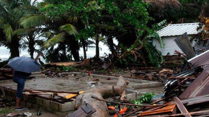 """Число жертв в доме престарелых из-за урагана """"Ирма"""" во Флориде возросло до 8 человек"""