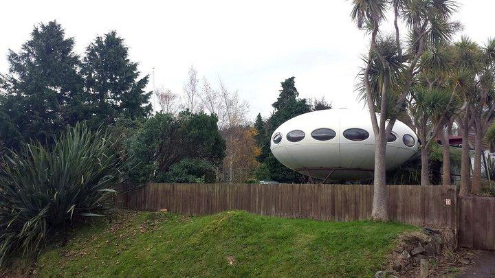 В Новой Зеландии выставили на продажу дом в виде НЛО