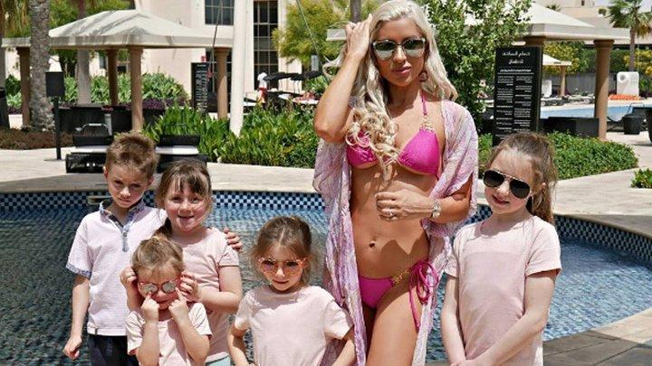 Похудевшая на 115 кг мама пятерых детей покорила сеть: фото