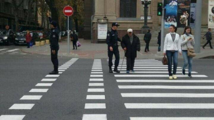Граждане отмечают: в работе дорожных инспекторов появились позитивные изменения