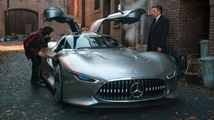Виртуальный суперкар от Mercedes стал новым автомобилем Бэтмэна