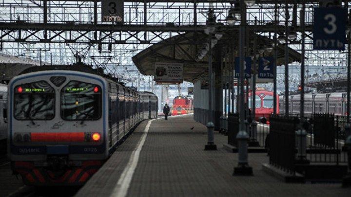 Дебош 90 пьяных пассажиров в поезде в Забайкалье пришлось усмирять спецназу