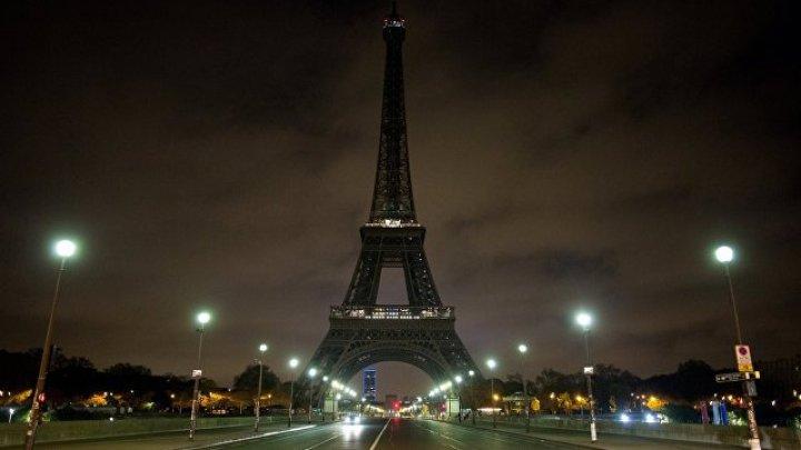 На Эйфелевой башне выключат подсветку в память о погибших в Лас-Вегасе