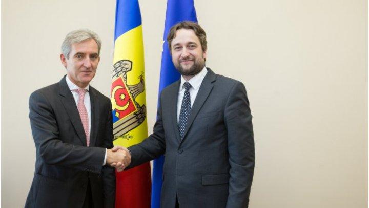 Юрий Лянкэ провел встречу со словацким парламентарием Любошем Блахой