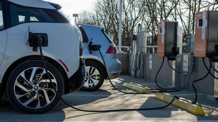 В Нидерландах откажутся от бензиновых и дизельных авто