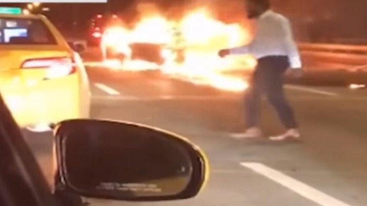 ВНью-Йорке виновник ДТП оставил пассажирку гореть вавтомобиле