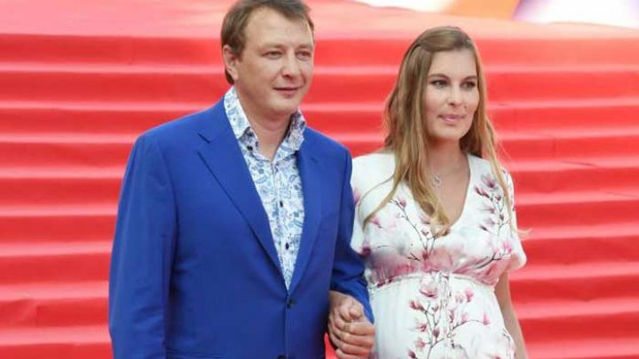 Марата Башарова обвинили в избиении молодой жены