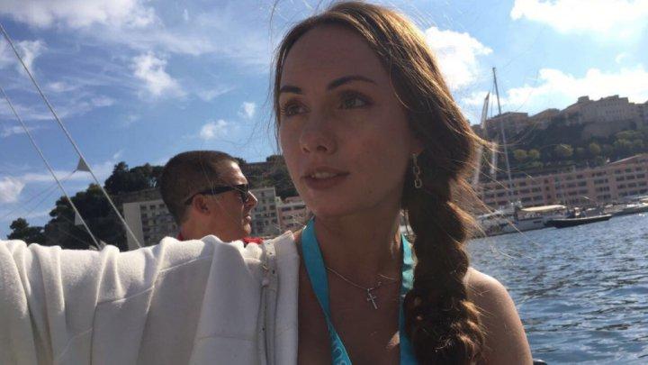 Суд оправдал украинку после смерти голой россиянки в Доминикане, которую убил дорожный знак
