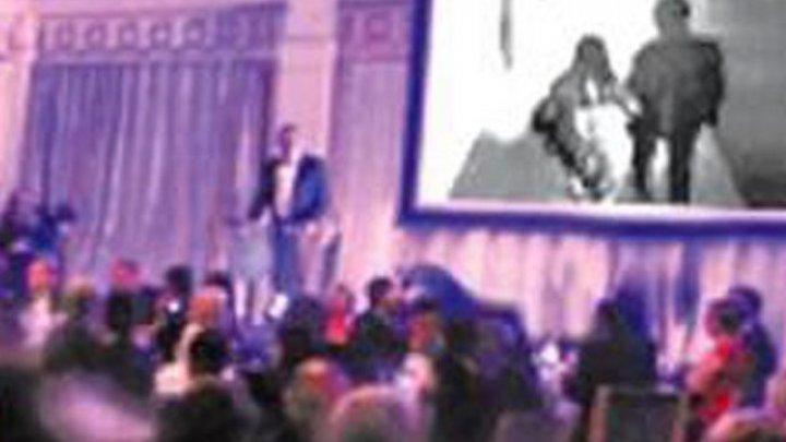 Жених  отомстил невесте, показав гостям её измену вместо свадебного видео