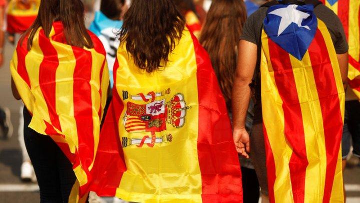 Испания отзывает у Каталонии статус автономии
