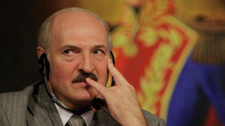 Лукашенко сравнил белорусских банкиров с «жирными котами»
