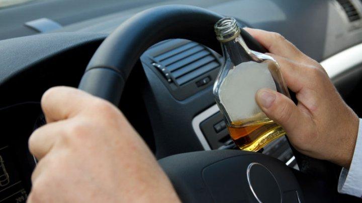 В Одессе пьяный 26-летний водитель въехал в людей на обочине: погибла девушка-подросток