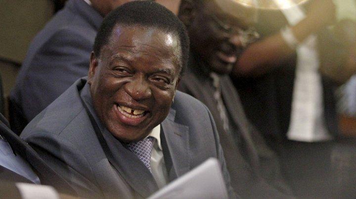 Новый президент Зимбабве принял присягу