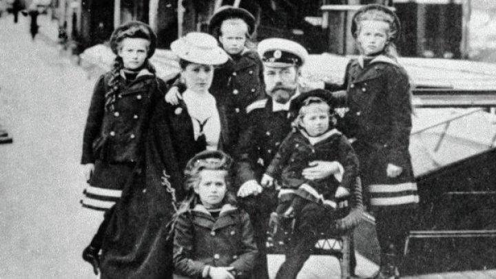 Часть церковной комиссии уверена в ритуальном характере убийства Романовых
