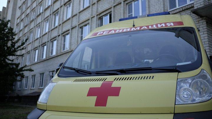 В Петербурге семь человек пострадали при столкновении маршрутки и КамАЗа